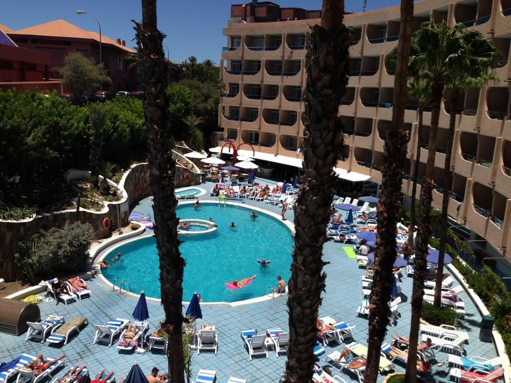 Het uitzicht vanuit de hotelkamer in Gran Canaria.