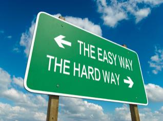 makkelijke of moeilijke weg kiezen